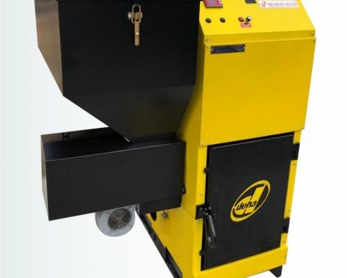 пелетен котел, комбиниран котел, котли на твърдо гориво, котли с афтоматично подаване с бункер, котли за биомаса, котли на дърва въглища и пелети, секционни котли за централно отопление, цилиндрични котли за централно отопление, локално парно с ръчно подаване на въглища, топловъздушен генератор с автоматично подаване, boiler, pellet boiler, pellet, coal, solid fuel, automatic feeding, stoker, radiator, chimney, heating system, hot water, hot air generator, piston boiler, inverter technology, wood chips, katı yakıtlı, stokerli, kat kaloriferi, kömürlü, katı yakıt kazanı, otomatik yüklemeli, katı yakıtlı kalorifer kazanı, kazan, katı yakıtlı kat kaloriferi, kalorifer, katı yakıtlı kazan, odunlu, kömürlü kalorifer kazanı, inverter kazan, kömürlü kalorifer, inverter kalorifer, kömürlü kat kaloriferi, pistonlu kazan, yatay pota, kömürlü kazan, otomatik ateşleme, otomatik yüklemeli kalorifer kazanı, otomatik ateşleme tutuşturma, otomatik yüklemeli kat kaloriferi, müstakil ev kazanı, otomatik yükemeli kazan, merkezi istem kazanı, pistonlu kalorifer kazanı, manuel yüklemeli kazan, pistonlu kazan, sıcak su üretimi, pistonlu kalorifer, boyler, stokerli kalorifer kazanı, petek, stokerli kalorifer, radyatör, stokerli kazan, baca, pistonlu kömürlü kazan, üstten bacalı, stokerli katı yakıtlı kalorifer kazanı, inverter a++, kendinden boylerli, en iyi kalorifer kazanı, fanlı, en iyi kat kaloriferi, helezonlu kazan, en iyi kat kaloriferi, en iyi kazan, en az yakan stokerli kazan, en iyi stokerli kazan, en az yakan kat kaloriferi, peletli kazan, peletli kalorifer kazanı, inverter pelet kazanı, peletli kalorifer,inverter pelet kaloriferi,peletli kat kaloriferi,yatay pota pelet kazanı,peletli kazan,müstakil ev pelet kazanı, otomatik yüklemeli peletli kalorifer, müstakil ev pelet kazanı, otomatik yükemeli pelet kazanı, merkezi sistem pelet kazanı, otomatik yükemeli peletli kazan, inverter kazan, pistonlu kalorifer kazanı, inverter kat kaloriferi, otomatik temizlemeli kalorifer kazanı, p
